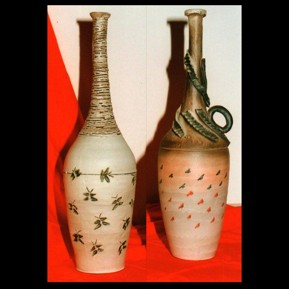 Exposición de Cerámica La Vasija, pieza de dos vasijas, Autor Roberto Jiménez