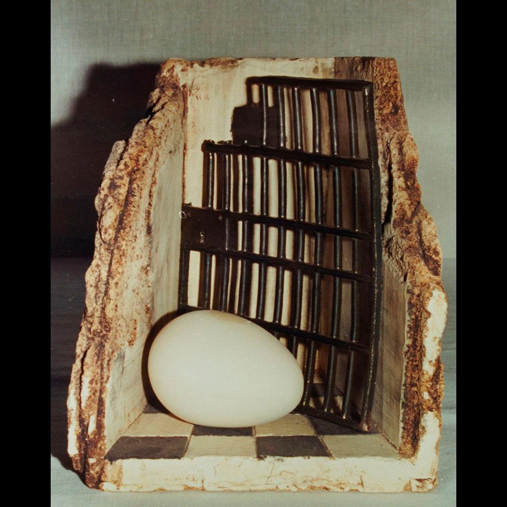 Pieza de cerámica de la Expo Eterno Espacio del Artista Plástico Roberto Jiménez Hidalgo